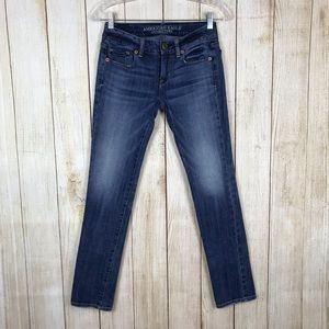 American Eagle Skinny Stretch Short Jeans Size 00